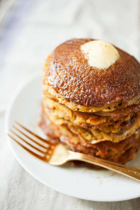 vegan-pumpkin-pancakes